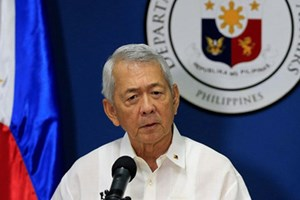 Philippines urges China to respect rule of law