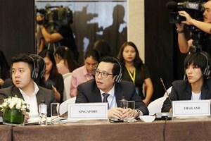 Foreign diplomats hail WEF ASEAN 2018 theme