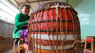 Binh An drum-making village