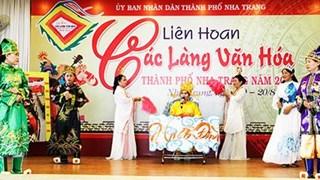 Painting exhibition features Vietnam's seas, islands