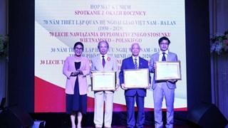 Gathering celebrates 70 years of Vietnam-Poland diplomatic ties
