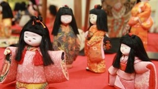 Japan's traditional dolls on display in HCM City