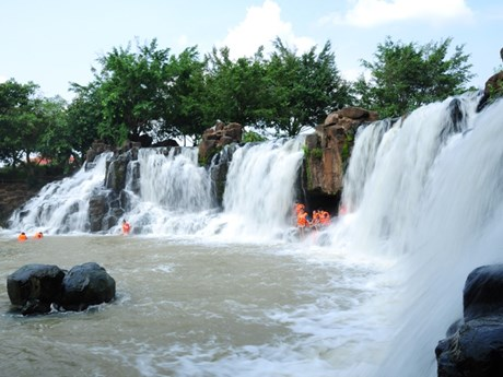 Dong Nai moves to develop tourism