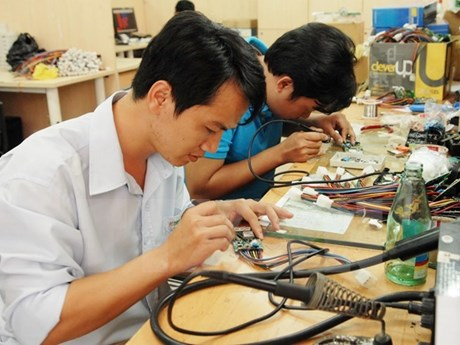 Vietnam, Japan step up cooperation in semiconductors
