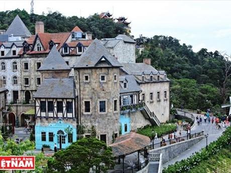 Tourism contributes greatly to Da Nang's economic development