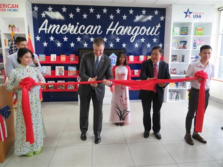 American Hangout learning space inaugurated in Can Tho