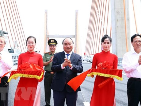 Ha Long-Hai Phong expressway open to traffic