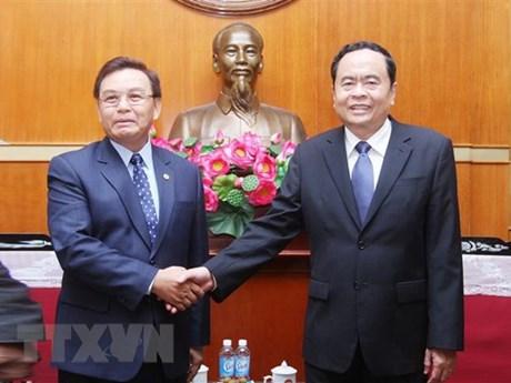 Vietnam, Laos foster cooperation in front work
