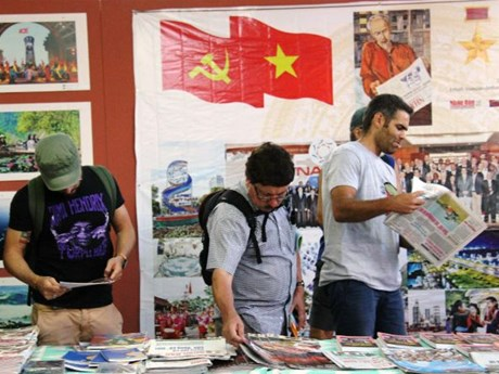 Nhan dan newspaper joins press festival in Portugal