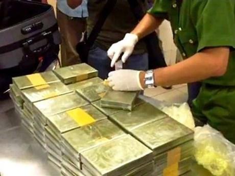 Quang Tri border guard, Lao forces arrest drug dealers