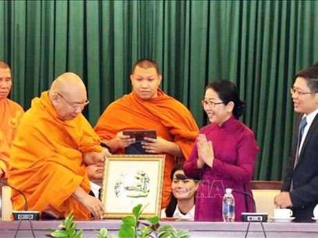 HCM City leader welcomes Thai Buddhist delegation