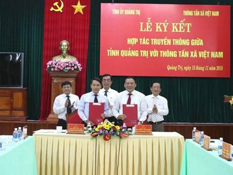 VNA, Quang Tri province ink communication cooperation deal