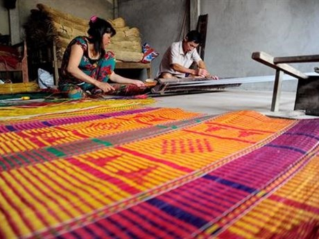 Ethnic Khmer handicraft villages expand in Tra Vinh