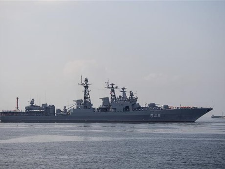 Russian warships begin visit to Philippines