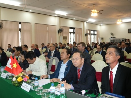 Conference talks measures to boost Vietnam-Canada education ties