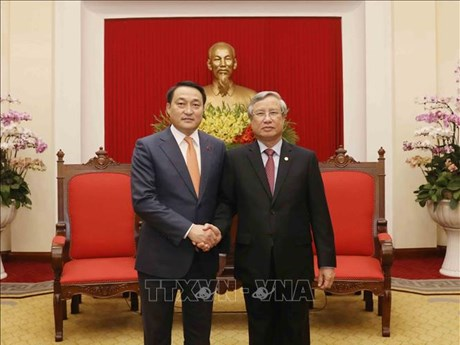 Vietnam, Mongolia boost wide-ranging ties