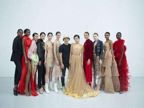 Vietnamese Designer Presents New Collection In London Culture Sports Vietnam Vietnamplus