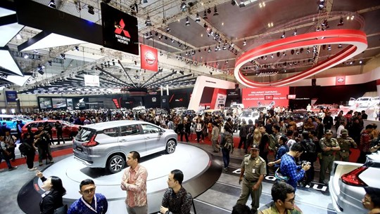 Indonesia's car sales fall nearly 11 percent in 2019