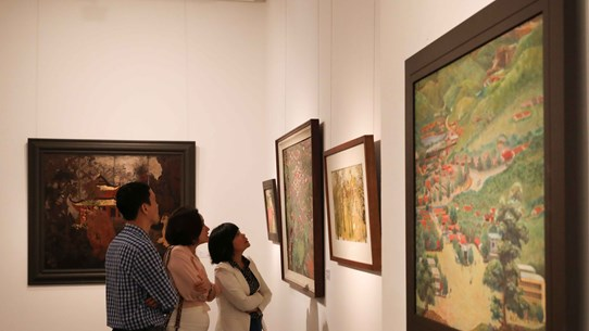 Exhibitions mark Party's 90th founding anniversary