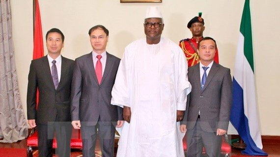 Vietnam, Sierra Leone foster cooperation