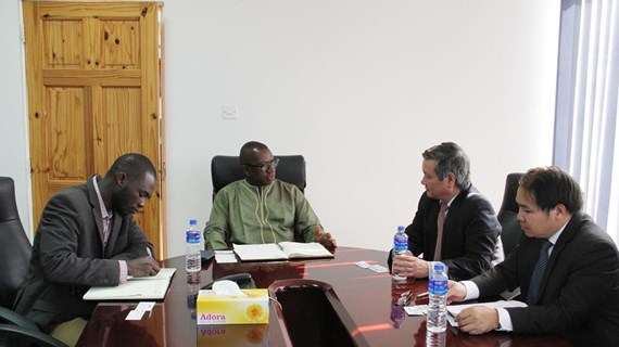 Vietnam, The Gambia to expand economic-trade cooperation