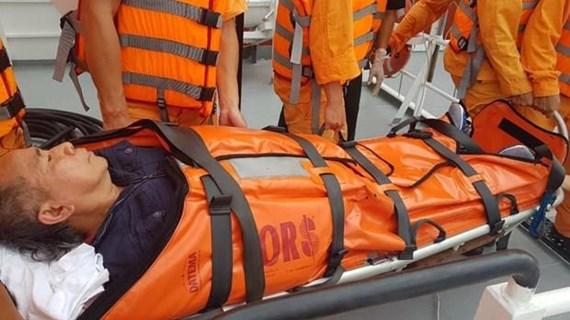 Rescue forces save stroke-hit Filippino sailor