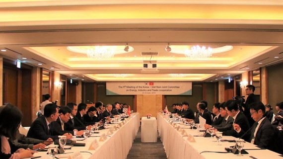 Vietnam, RoK agree to boost cooperation in energy, industry, trade