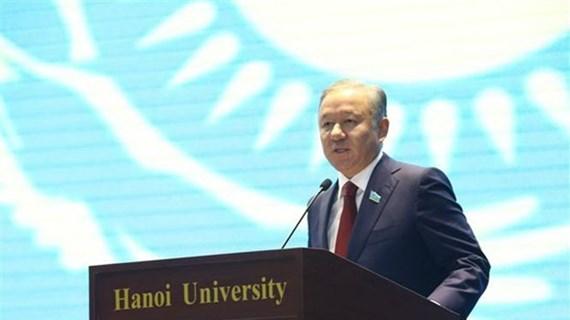 Kazakhstan lower house chairman concludes Vietnam visit