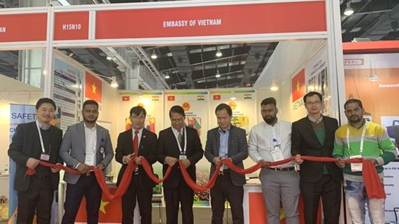 Vietnam attends fair on electrical equipment, energy in India