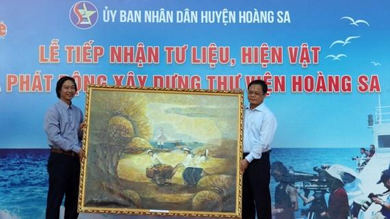 Da Nang gets documents on Vietnam's sovereignty over Hoang Sa