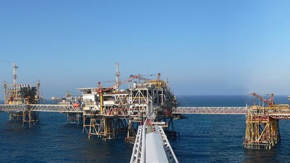 PetroVietnam's crude oil production surpasses target in Q1