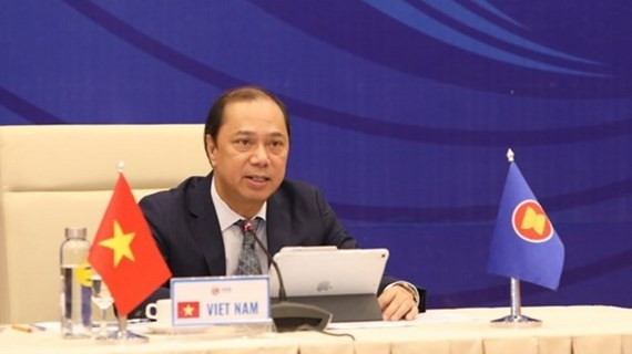 ASEAN, Chinese senior officials meet online