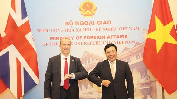 Vietnam, UK to develop strategic partnership to higher level: officials
