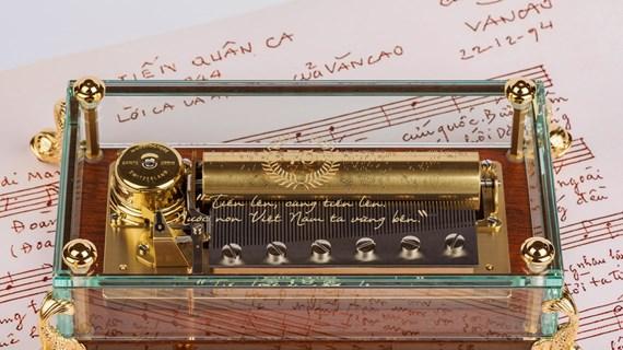 Swiss music box features Vietnam's national anthem