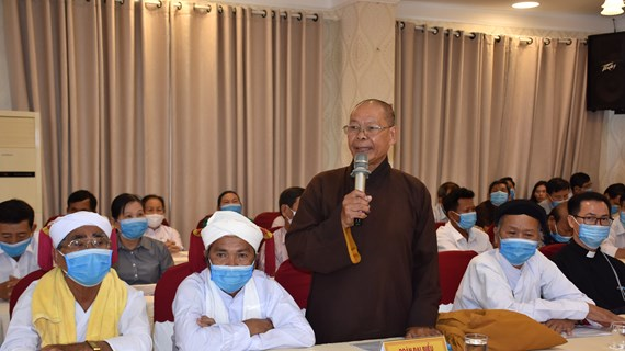 Binh Thuan lauds contributions by local religious followers, ethnic people