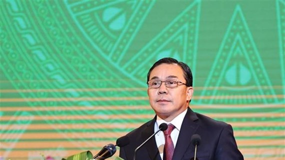 Lao ambassador hails leadership role of Communist Party of Vietnam