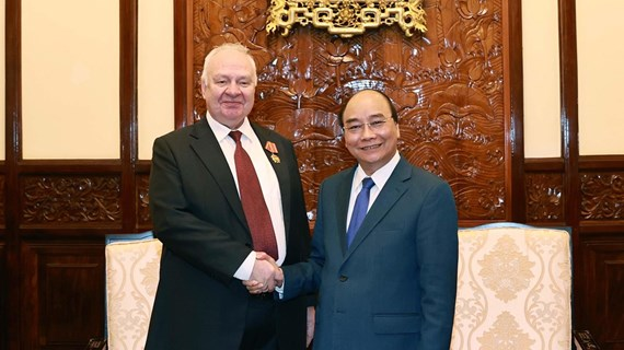State President hosts outgoing Russian Ambassador