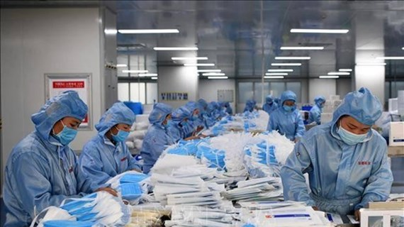 UK firms eye investing in health care in Vietnam