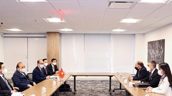 President Nguyen Xuan Phuc receives leaders of US enterprises in New York
