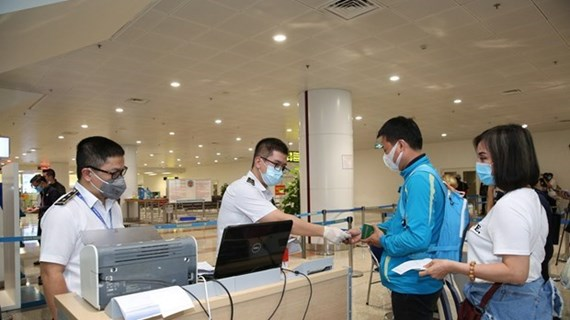 Ministries asked to facilitate exit, entry by Vietnamese, foreigners