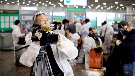 VNA journalists in COVID-19 warfront