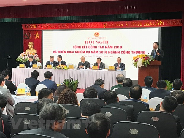 Bumper year for industry and trade: Minister Nguyen Xuan Cuong hinh anh 2