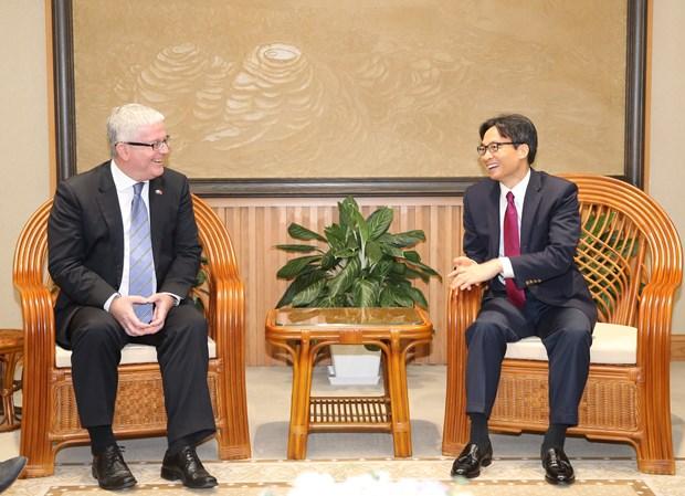 Deputy PM hails ambassador's dedication to Vietnam-Australia ties hinh anh 1