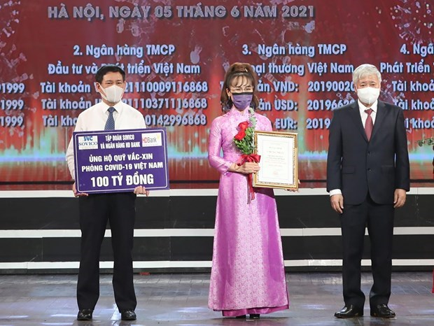 COVID-19: Joint efforts made for a healthy, victorious Vietnam hinh anh 1