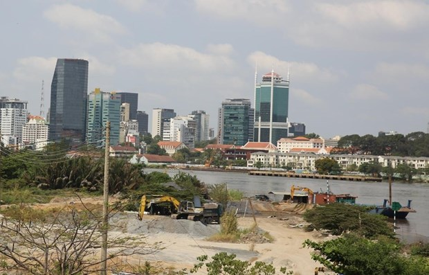 COVID-19 resurgence worsens HCM City property market hinh anh 1
