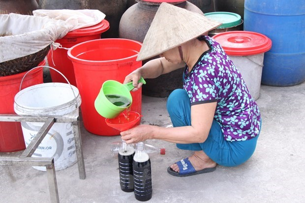 Sa Chau fish sauce - specialty condiment of Nam Dinh province hinh anh 3