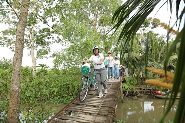Vietnamese opt for sustainable tourism after COVID-19 hinh anh 4
