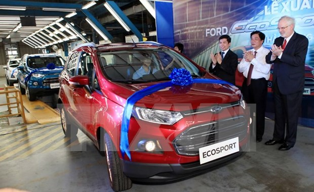 Ford Motor Company pledges long-term business in Vietnam hinh anh 1