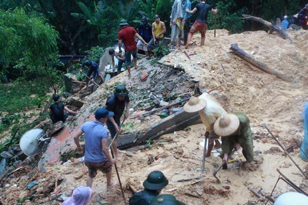 Flood, torrential rain kill 15 in Quang Ninh hinh anh 1