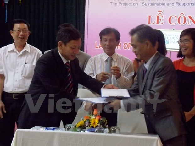 Quang Nam announces certified seal for handicraft products hinh anh 1